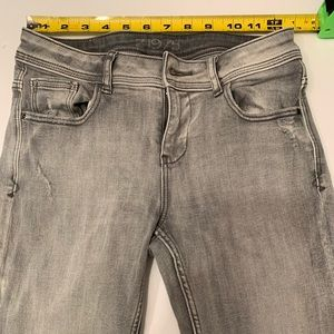 Zara Z1975 grey jeans 4 actual 26/34 stretch